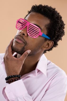 Smoove-G-with-hot-pink-shades.jpg